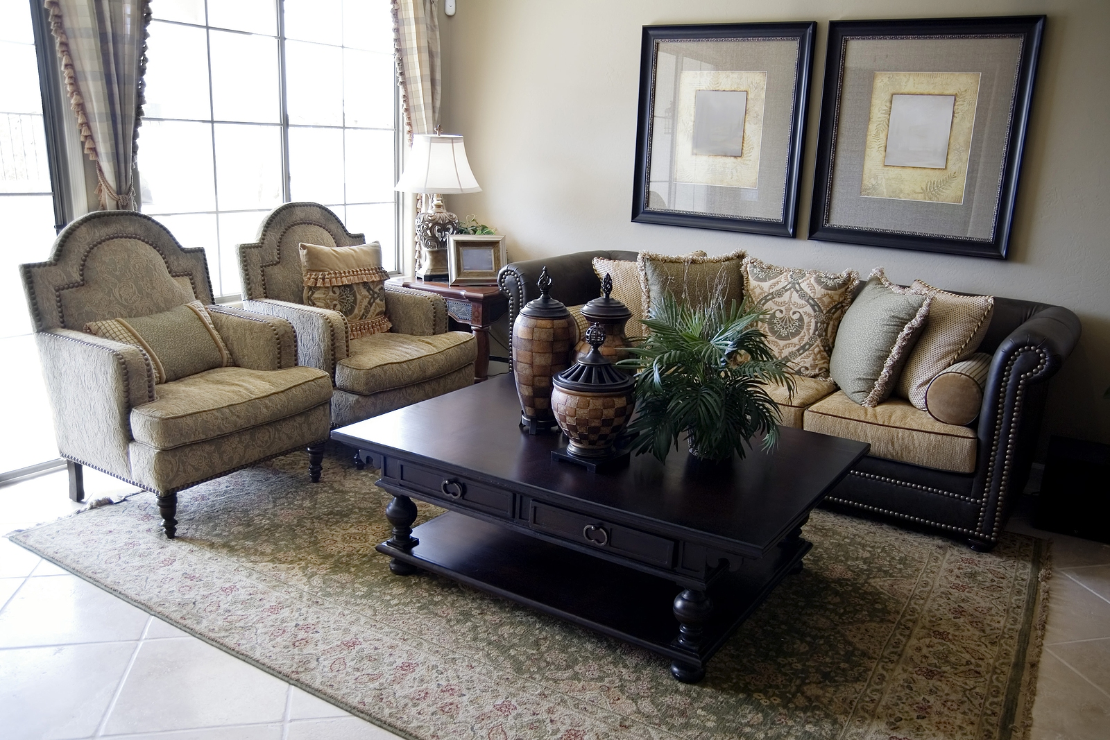 Tips for Moving Fine Furniture to Chicago